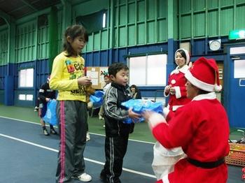2010.12.24KIDSxマスレッスンSEEDカメラ 115.jpgプレゼントブログ.jpg