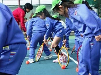 2011.2.10戸ヶ崎幼稚園児体験レッスン 090.jpgB22.jpg